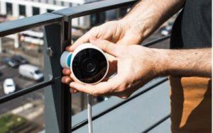فنى تركيب كاميرات مراقبة