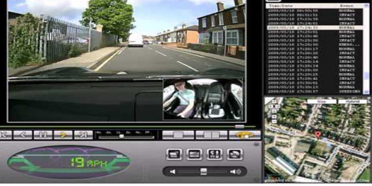 كاميرا مراقبة داخل السيارة